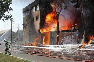 آتشسوزی در کارخانجات «لبنیات میهن» خسارات سنگین در پی داشت؛اعلام همدردی شرکت بازرسی کالای تجاری (IGI)